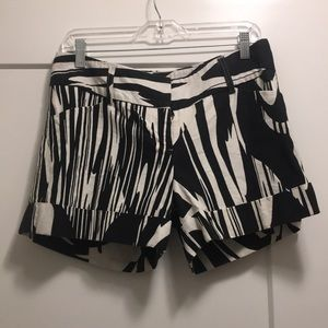Express Shorts - Express Black and White Linen Shorts